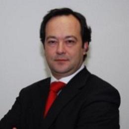 <strong>José Prazeres</strong>
