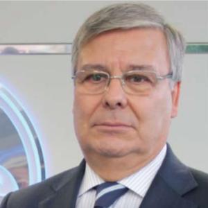<strong>Adriano Lourenço</strong>